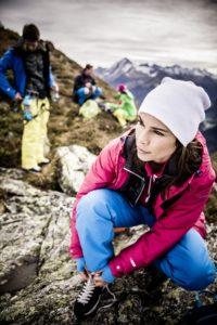 ice-peak-trekingove-obleceni-web